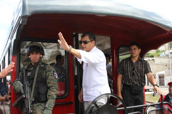Otavalo. El presidente Rafael Correa, inauguró la Ruta Ibarra-Otavalo, son 27km de línea férrea rehabilitada. Foto: Alex Godoy/ImbaburaHoy