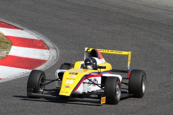 Italia.- En el autódromo de Vallelunga inició la F4 Italiana, la próxima fecha será en el mítico circuito de Monza. | Foto: Acisportitalia.com