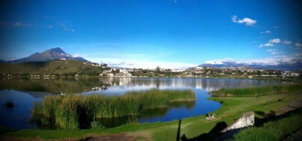 Ibarra.- Uno de los atractivos principales que cuenta la ciudad de Ibarra es la Laguna de Yahuarcocha, ubicada a 5 minutos del centro de la ciudad. |Foto: Alex Godoy/ImbaburaHoy