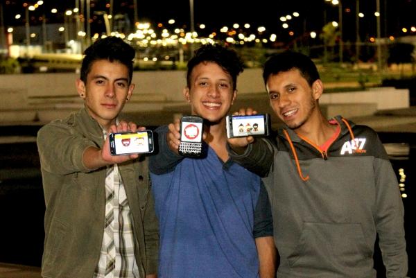 Ibarra.- Los tres jóvenes YouTubers, aspiran a convertirse en un referente en la Zona Norte del país. |Foto: Alex Godoy R/ImbaburaHoy