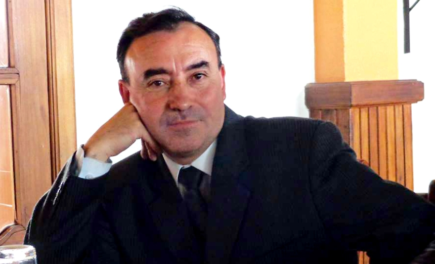 Ibarra.- Peter Ubidia es Cotacacheño, ha sido comunicador del Municipio de Cotacachi, además de la Universidad de Otavalo.  Foto: Cortesía
