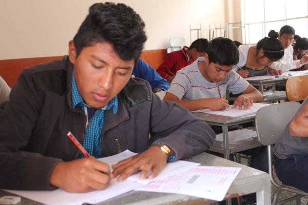 Ibarra.- El ENES es un instrumento que explora los procesos cognitivos esenciales para cursar con éxito la educación superior.  Foto: Cortesía